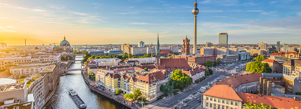 Flights from Madrid to Berlin  from 92 EUR