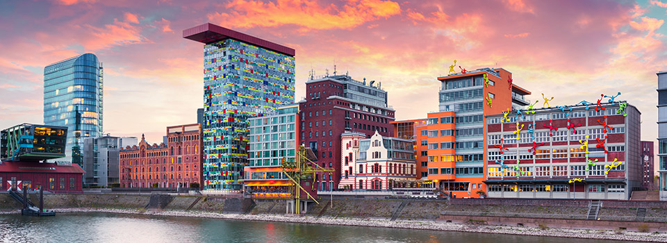 Flights to Dusseldorf (DUS) from 440 USD