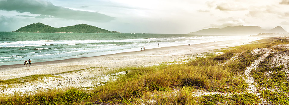 Flights from Paris to Florianopolis  from 415 EUR