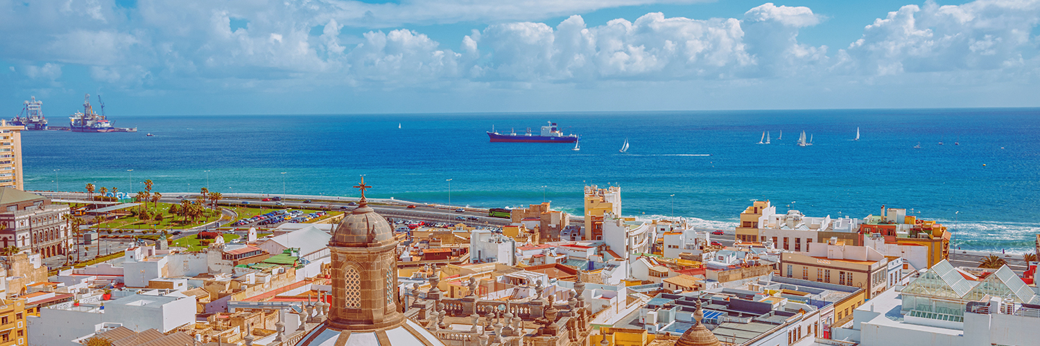 Flights from Porto to Gran Canaria  from 103 EUR