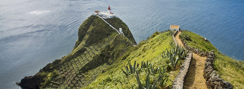 Flights from Ponta Delgada to Santa Maria