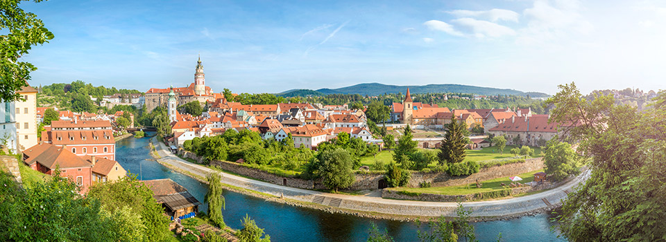 Flights to Czech Republic from 93 EUR