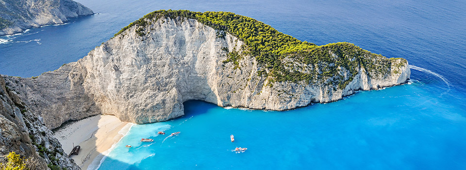 Flights from Portugal to Greece