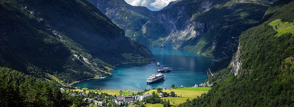 Flights from Spain to Norway from 122 EUR